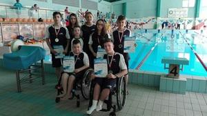Medale i rekordy tarnowskich pływaków