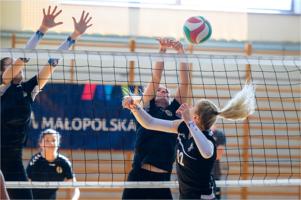 Turniej siatkówki kobiet UKS Jedynka Tarnów - KSZO SMS Ostrowiec Świętokrzyski