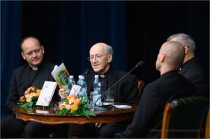 Promocja książki ks. prof. Michała Hellera