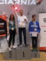 Medaliści Mistrzostw Polski we wspinaczce sportowej: Daria Nawój, Oskar Szalecki i Eryk Nawój