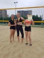 Wicemistrzynie Małopolskiej Licealiady w siatkówce plażowej, uczennice XXI LOS Tarnów