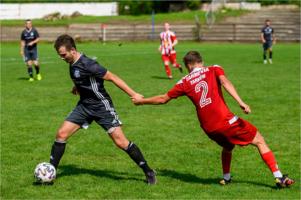 IV Liga piłki nożnej - Tarnovia vs  Radłovia