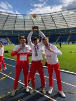 Mateusz Różański (pierwszy z lewej) został drużynowym mistrzem Europy w lekkoatletyce