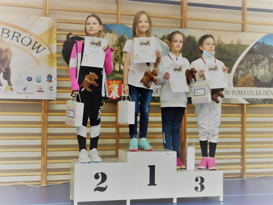 Łucja Klaper na najwyższym stopniu podium I Pucharu Żubrów w Skawinie