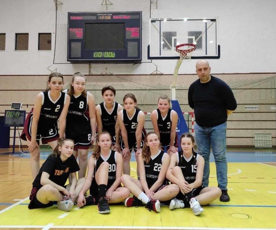Juniorki (koszykarki) MKS Pałac Młodzieży Tarnów