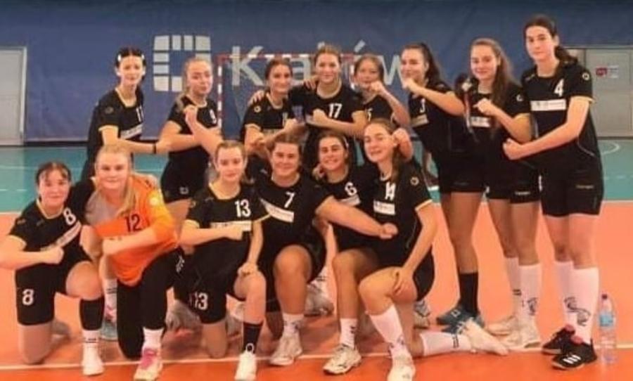 Juniorki (piłkarki ręczne) MKS Pałac Młodzieży Tarnów